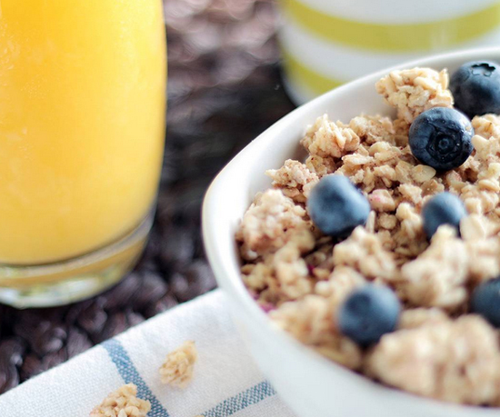 granola with juice and fruit