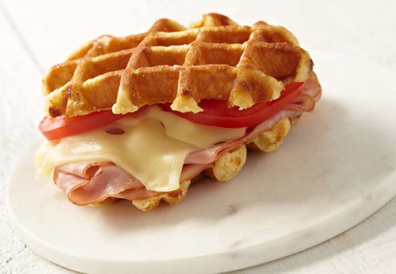 jarlsbergr-waffle-grilled-cheese-800px